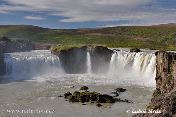 Godafoss waterfall (IS)